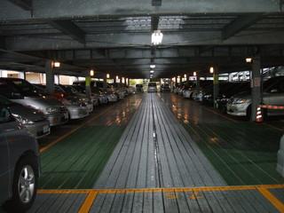 2F 駐車スペース